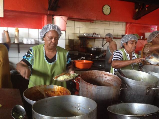 Sopito di KoKo (Kokos Soep) een recept dat al over 100 jaar bestaat!
